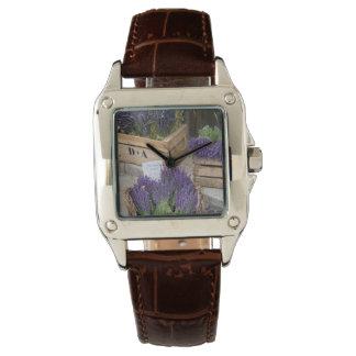 Lavendel für Verkauf, Provence, Frankreich Armbanduhr