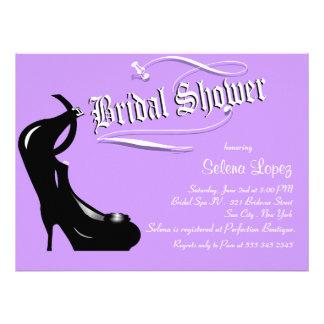 Lavendel-hohe Heels-Brautparty-Einladungen