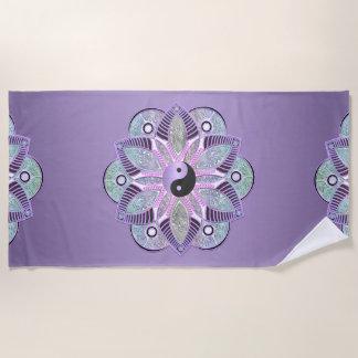 Lavendel lila Yin Yang Lotos-BlumeMandala Strandtuch