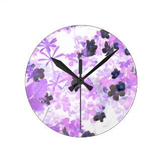 Lavendel-Muffe-Unkraut Runde Wanduhr