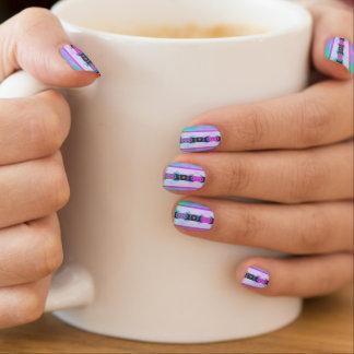 Lavendel-Rosa-und Aqua-böhmisches Stammes- Muster Minx Nagelkunst