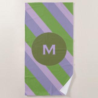 Lavendel und grüne Streifen mit rundem Monogramm Strandtuch