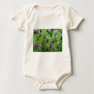 Lavendel viele Blumen Baby Strampler