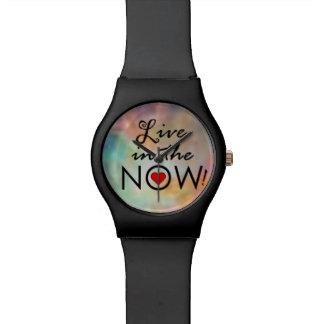Leben Sie im NOW! Uhren