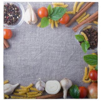 Lebensmittelinhaltsstoffe sind als Rahmen Serviette