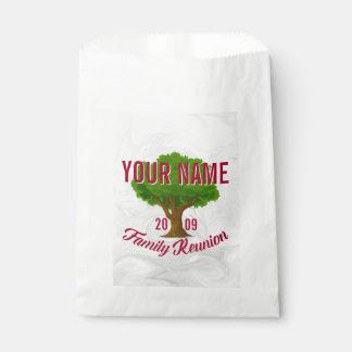 Lebhafter Baum-personalisiertes Geschenktütchen