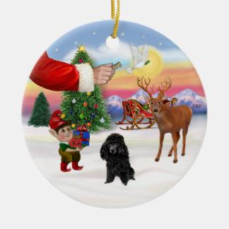 Leckerei für einen schwarzen Pudel (Spielzeug) Rundes Keramik Ornament