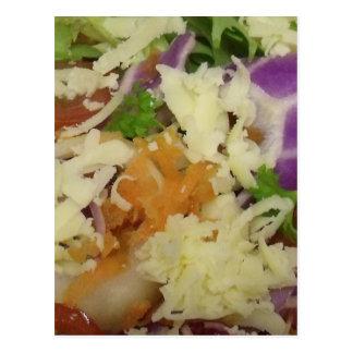 Leckerer Käse-Salat Postkarte