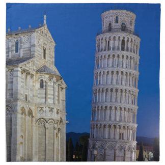 Lehnender Turm von Pisa nachts Stoffserviette