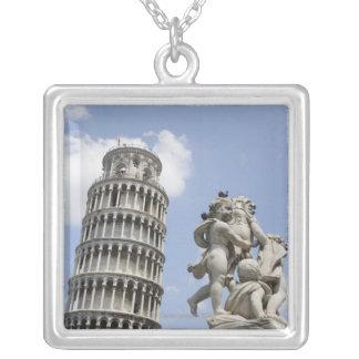 Lehnender Turm von Pisa und von Statue, Italien Versilberte Kette