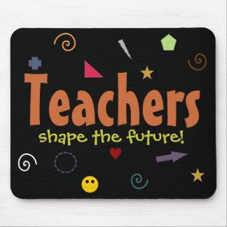 Lehrer formen das zukünftige mousepad
