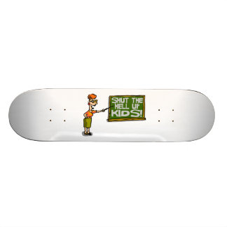 Lehrer sagt, dass oben geschlossen scherzt skateboardbretter