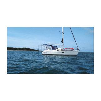 Leinwanddruck des Segelboots am Anker