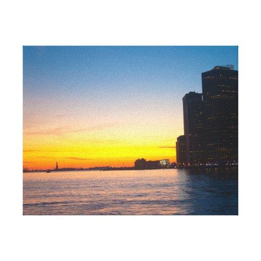 Leinwanddruck: New- Yorksonnenuntergang