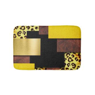 Leopard-Druck u. Holz-Collage Badematten