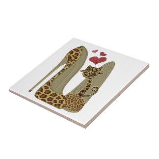 Leopard-Stilett-Schuh-und Katzen-Kunst Fliese