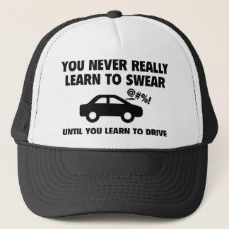 Lernen Sie zu schwören Truckerkappe