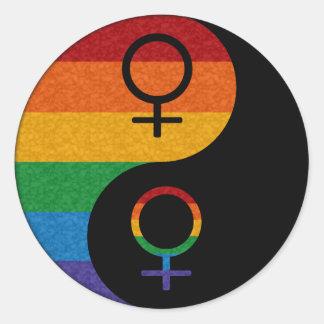 Lesbischer Stolz Yin und Yang Runder Aufkleber