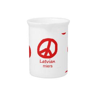 Lettische Sprache und Friedenssymbol-Entwurf Getränke Pitcher