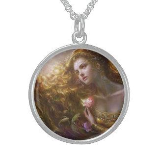 Leuchtende Anmut-Halskette Sterling Silberkette