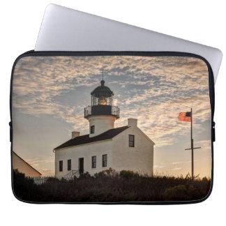Leuchtturm am Sonnenuntergang, Kalifornien Laptop Sleeve