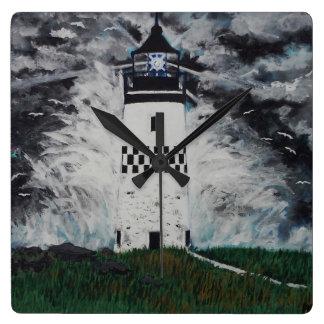 Leuchtturm im Sturm Quadratische Wanduhr