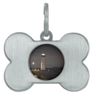 Leuchtturm Rockwall Hafen Tiermarke