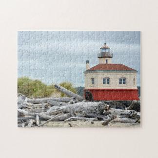 Leuchtturm- und Küstenlandschaftspuzzlespiel Puzzle