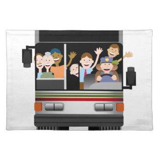 Leute, die auf einen Bus fahren Stofftischset