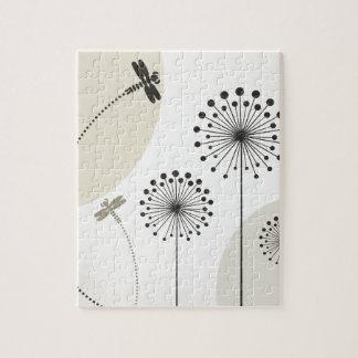 Libelle auf einer Blume Puzzle
