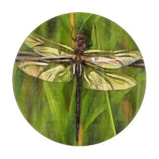 Libelle in Brown und im Gelb Schneidebrett