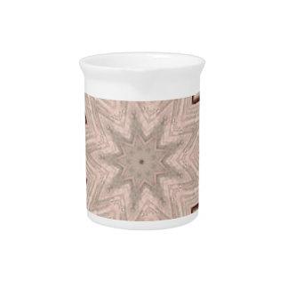 Licht und luftiges weiches sternförmiges Muster Getränke Pitcher