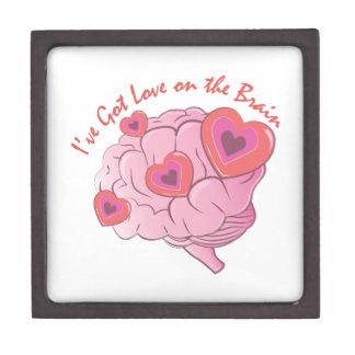 Liebe auf Gehirn Kiste