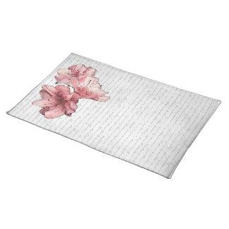 Liebe-Buchstabe-Rosa-illustrierte Blume auf Tischset