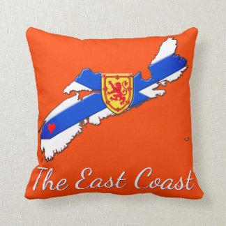 Liebe die Ostküsten-Neuschottland-Kissenorange Kissen