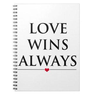 Liebe gewinnt immer notizblock
