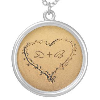 Liebe-Herz in den Sand-personalisierten Halskette Mit Rundem Anhänger