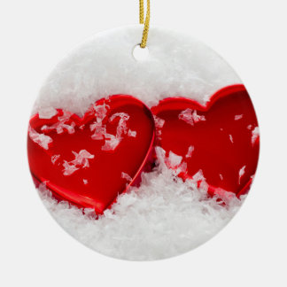 Liebe-Herzen Schnee-in der runden Rundes Keramik Ornament