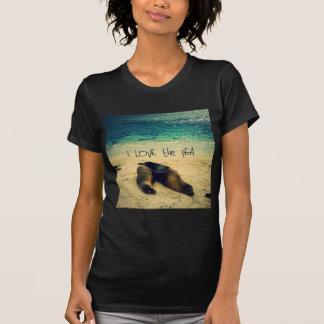 Liebe I der Seezitatstrand mit Seelöwen T-Shirt
