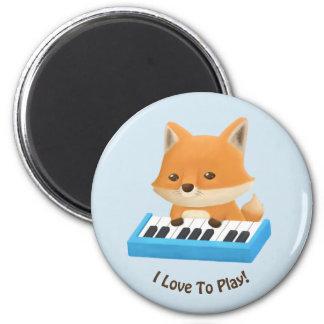 Liebe I, niedlichen Fox auf Klavier zu spielen Runder Magnet 5,7 Cm