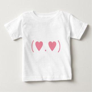 Liebe im Rosa Baby T-shirt