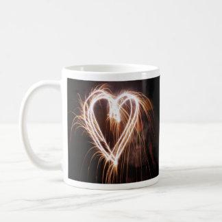 """""""Liebe im Wesentlichen… ist geistiges Feuer. """" Kaffeetasse"""