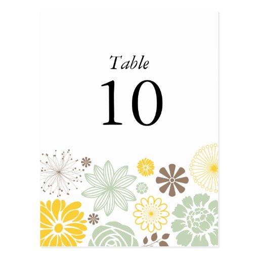 Liebe in der Blüten-Tischnummer-Postkarte