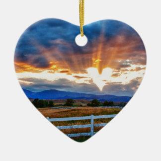 Liebe ist in der Luft Keramik Ornament