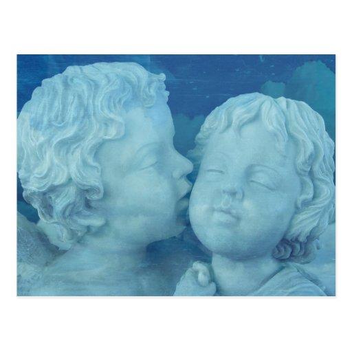 Liebe ist in der Luft, Vintages Steinengels-Küssen Postkarten