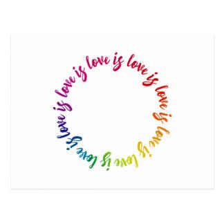Liebe ist Liebe ist Lieberegenbogenkreis Postkarte
