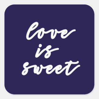 Liebe ist süßer Aufkleber