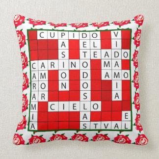 Liebe-Kreuzworträtsel auf spanisch auf Kissen