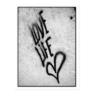 Liebe-Lebengraffiti-Postkarte