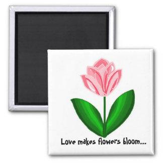Liebe macht Blumen-Blüte Quadratischer Magnet